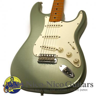 Fender Custom Shop 2005 Limited Edition 1966 Stratocaster Closet Classic (Fire Mist Silver/M)